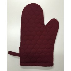 OMO18 - Oven Mitts - Oyster Maroon Quilt